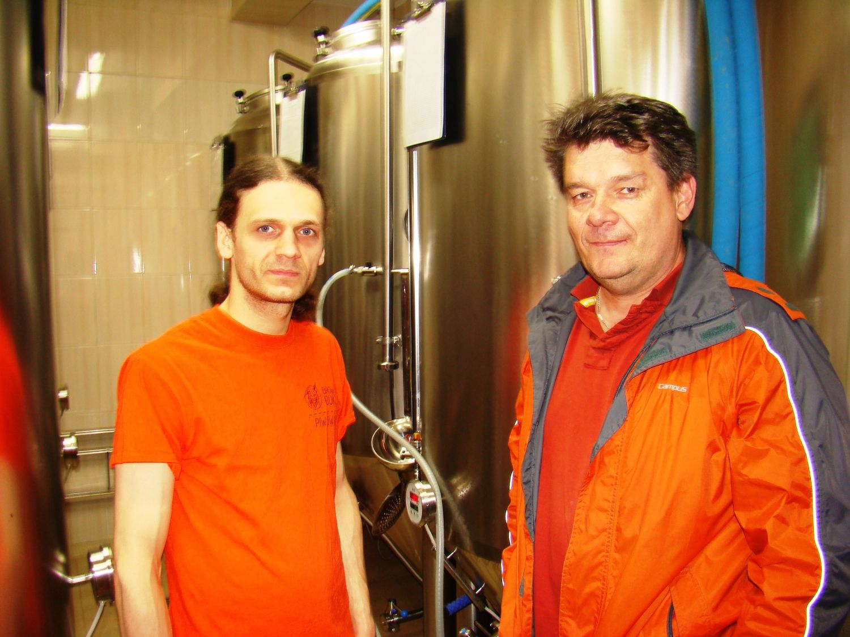 Maciek Brzana - piwowar iMarek Zajdel - właściciel Browaru Dukla